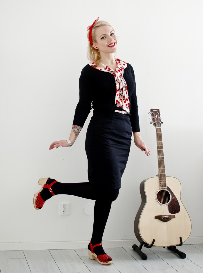 collectifcherryblouse